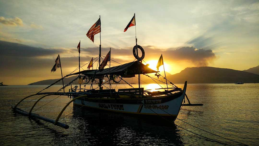 best diving in philippines
