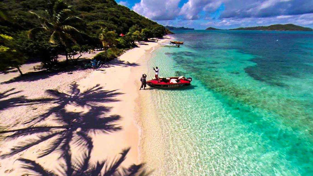 best caribbean snorkeling off beach