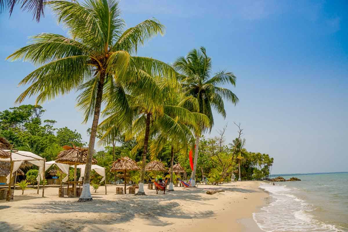 EXPERT TRAVEL GUIDE TO THE BEST BEACHES IN GUATEMALA