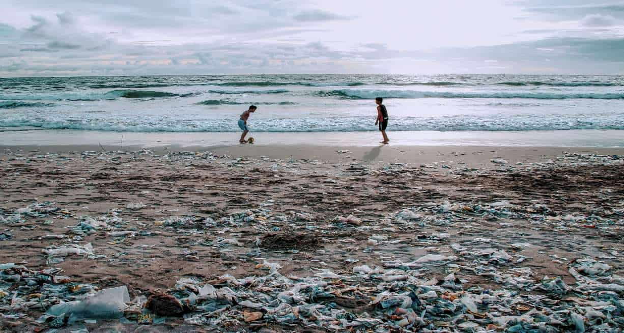 TAKING ON THE GREAT PACIFIC GARBAGE PATCH