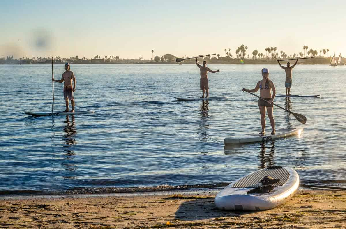 BEST BEGINNER STAND UP PADDLE BOARDS 2021