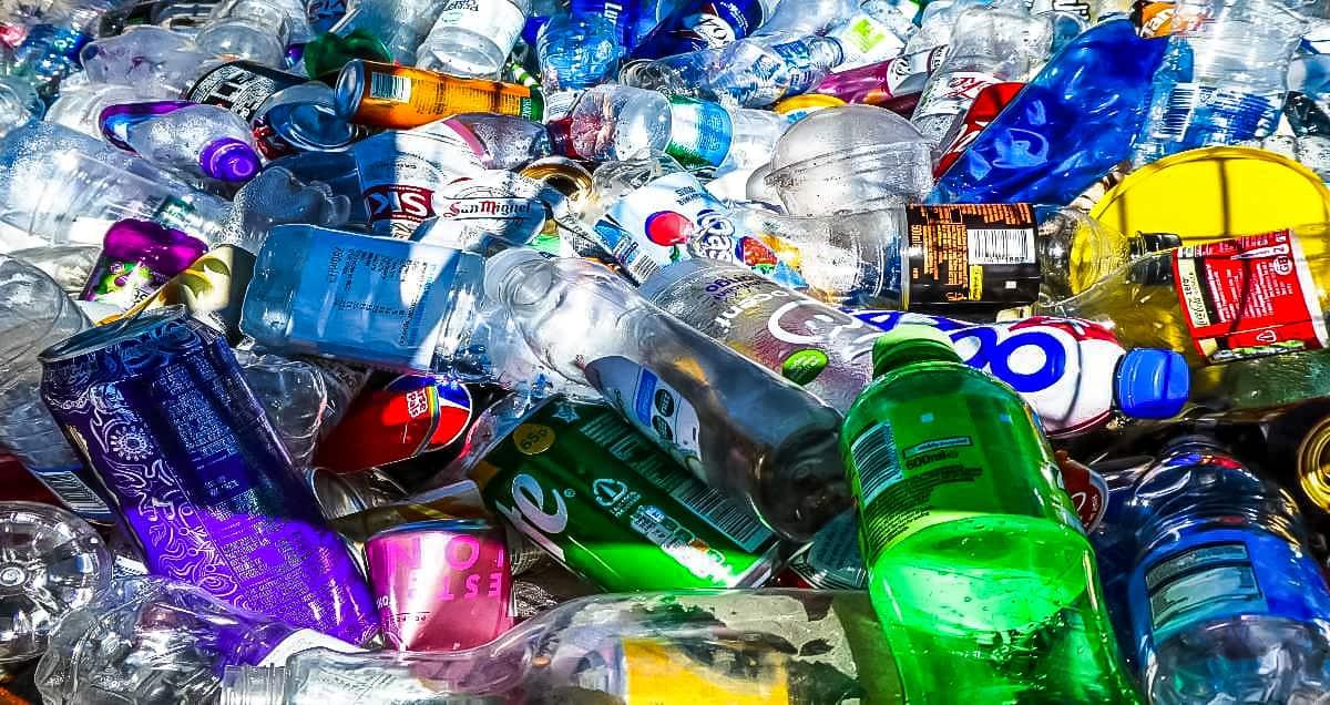 single-use plastic bottles