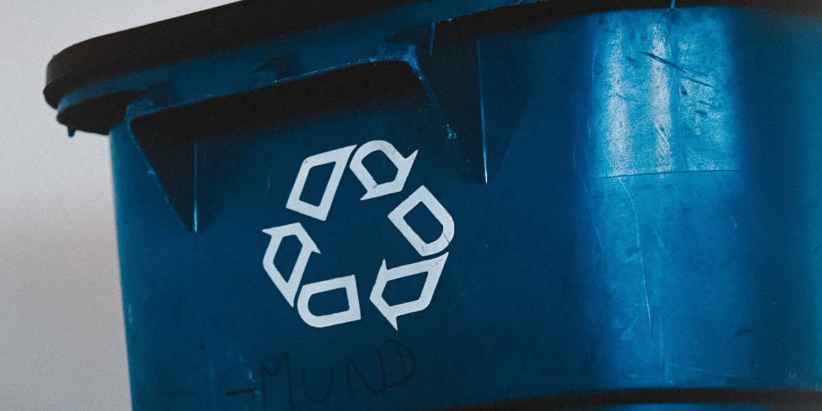 AN OCEAN LOVERS GUIDE TO PLASTIC RECYCLING